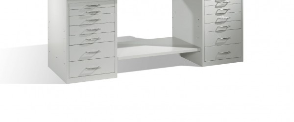 Ablageboden für Werkbank mit zwei Standschränken B2000mm